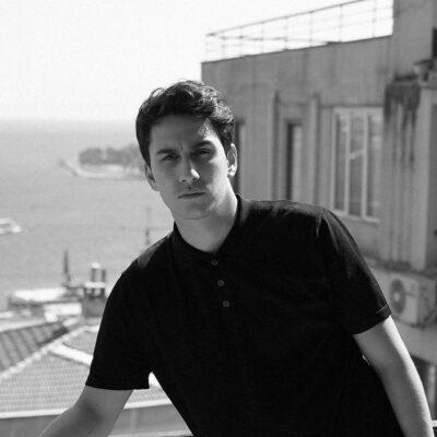 Oyuncu ve Sosyal Medya Fenomeni Sina Özer Röportajı